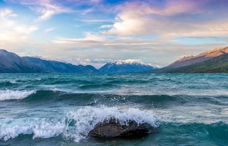 新西兰南岛麦肯齐盆地冰川湖4K风景高端电脑桌面壁纸