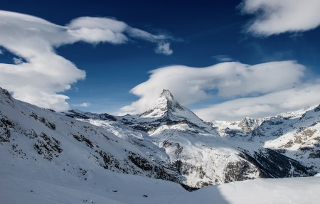马特宏峰的雪锥风景4K高端电脑桌面壁纸