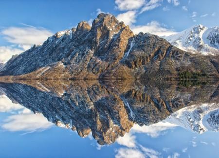山 水 山和水 蓝色天空 云 日落 4K风景高端电脑桌面壁纸