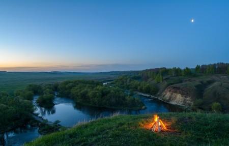 凌晨4点篝火 河谷 美丽剑河4K风景高端电脑桌面壁纸