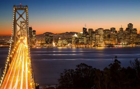 晚上 旧金山市中心 桥 3840x2160风景高端电脑桌面壁纸