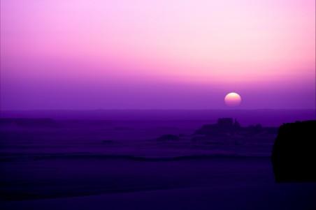 紫色色早晨 沙漠 4K高端电脑桌面壁纸
