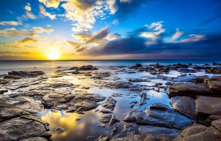 毛伊岛海岸 卡帕鲁阿日落4K风景高端电脑桌面壁纸