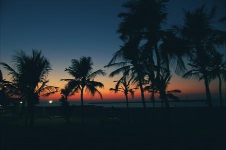 日落 迪拜 海边风景 4K高端电脑桌面壁纸