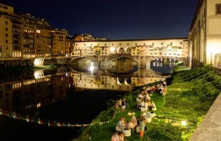 意大利阿诺河桥梁4K风景高端电脑桌面壁纸3840x2160