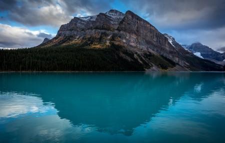 艾伯塔省 路易斯湖4K风景超高清壁纸精选