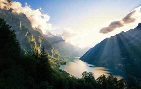 瑞士 天然湖泊 4K风景高端电脑桌面壁纸