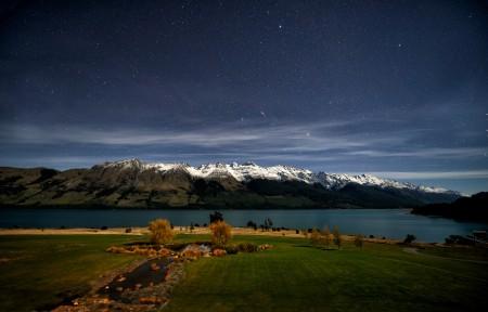 晚上 星星 新西兰湖4K风景高端电脑桌面壁纸