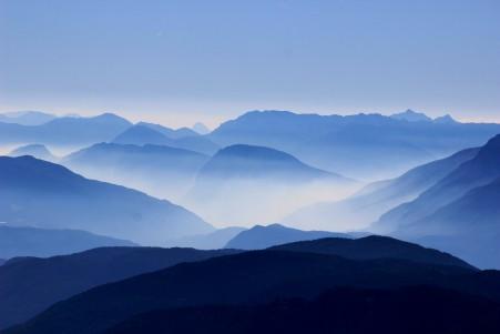 云, 薄雾 蓝色天空风景5k图片