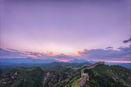 清晨美丽的万里长城风景摄影5K高端电脑桌面壁纸