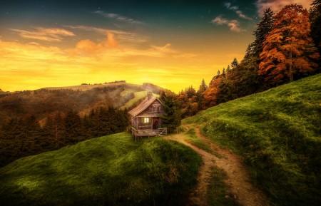 山 房子 自然风景 4K高端电脑桌面壁纸