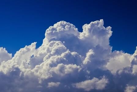 白云 积云 蓝色天空 5K风景图片