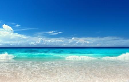 阳光 大海 海景 沙滩 蓝色大海4K风景高端电脑桌面壁纸