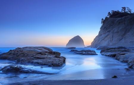 俄勒冈州 太平洋城 岩石 海边风景4K高端电脑桌面壁纸