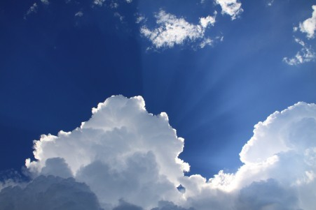 天空 白云 光 4K风景高端电脑桌面壁纸