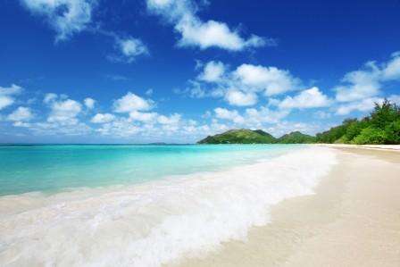 海 风景 自然 天空 沙滩 云 4K风景高端电脑桌面壁纸