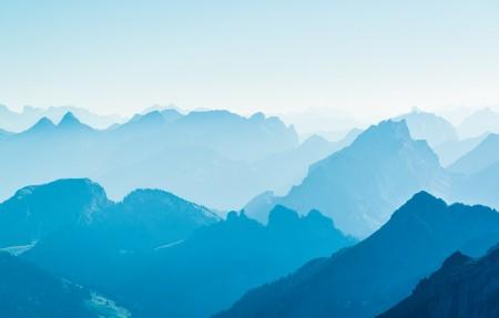 阿尔卑斯山顶4K风景高端电脑桌面壁纸