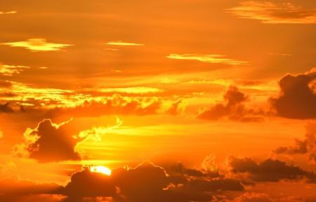 日出 橙色 雄伟 天空 光明 云 4K高端电脑桌面壁纸