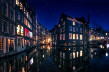 阿姆斯特丹 运河 荷兰 晚上 5K城市建筑风景高端电脑桌面壁纸
