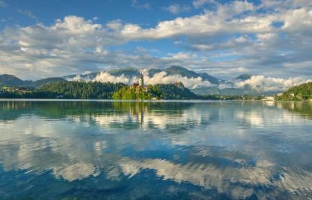 斯洛文尼亚 布莱德湖 4K风景高端电脑桌面壁纸