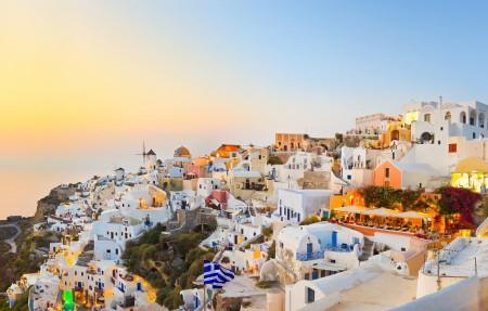希腊圣托里尼岛风景5K高端电脑桌面壁纸