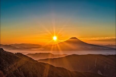 太阳富士山4k风景高端电脑桌面壁纸