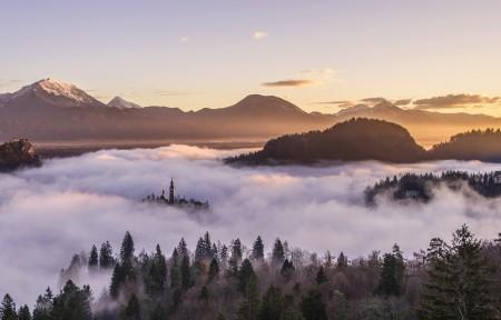 云雾缭绕风景4k图片