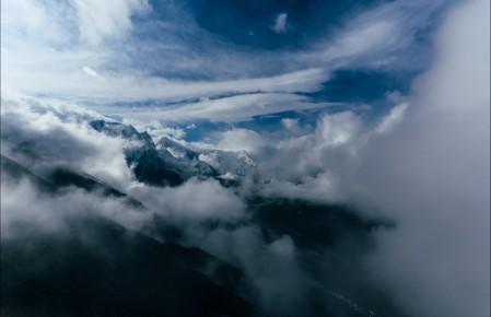 山峰 云 高处风景 5K图片