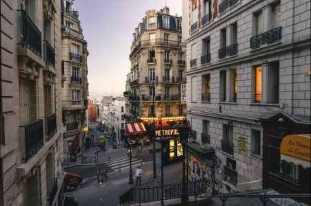 巴黎城市街道风景4K高端电脑桌面壁纸