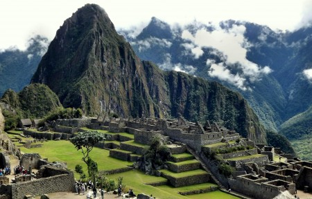 美丽的安第斯山脉4k图片