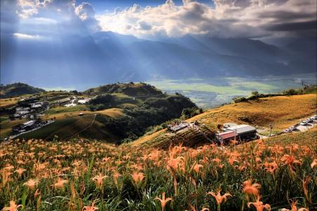 台湾的天空 云 光 4K风景图片