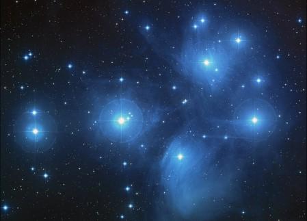 昴星团 星团 星空 星系4K高端电脑桌面壁纸