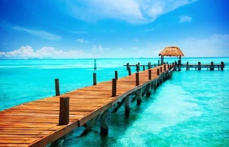 夏季蓝天大海码头风景高清4K桌面高端电脑桌面壁纸