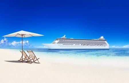 夏天,海滩,大海,大船,轮船,蓝色天空,风景图片