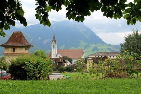 瑞士施维茨小镇风光图片