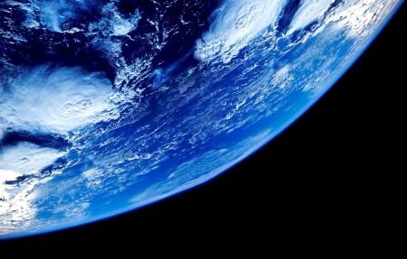 太空俯瞰4k风景高端电脑桌面壁纸
