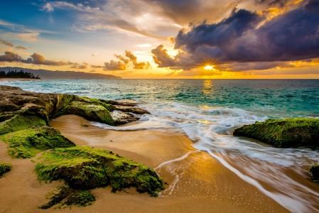 沙滩 天空 太阳 日出 云 海岸 藻类 夏威夷风景4k高端电脑桌面壁纸