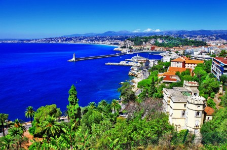 法国尼斯蔚蓝的海岸风景图片