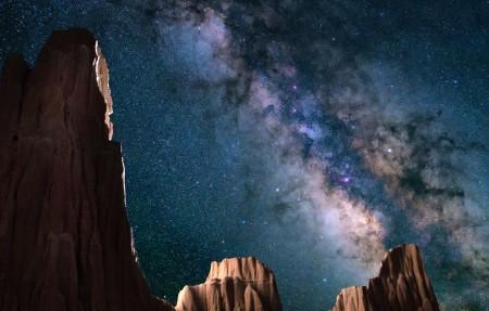 星空 大教堂峡谷州立公园 内华达州 岩石 夜 自然 4k风景高端电脑桌面壁纸