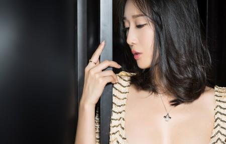 克拉女神-含嫣3440x1440超高清壁纸精选