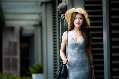 美女 帽子 连衣裙 时尚美女4k高端电脑桌面壁纸