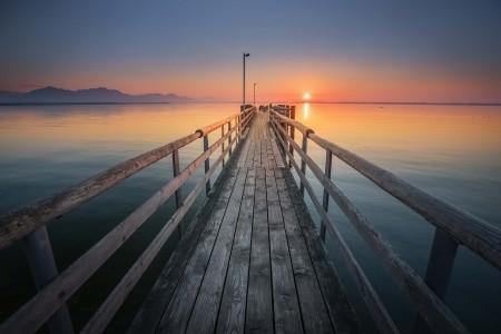码头夕阳唯美风景5k高端电脑桌面壁纸