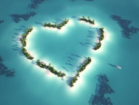 浪漫心形岛屿4k风景高端电脑桌面壁纸