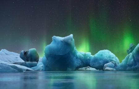 冰 北极光 冰川 蓝色 夜 星空 4k风景高端电脑桌面壁纸