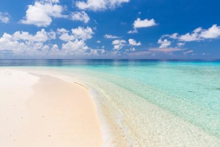 马尔代夫美丽的海滩5k风景高端电脑桌面壁纸