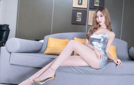 腿模Rubis 大波浪卷发美女 连衣包臀裙美腿屁股4k高端电脑桌面壁纸3840x2160