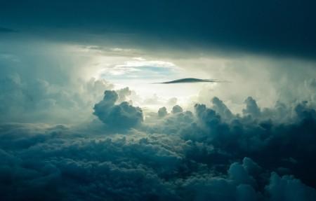 天空 云 阳光 黑暗 4K风景高端电脑桌面壁纸