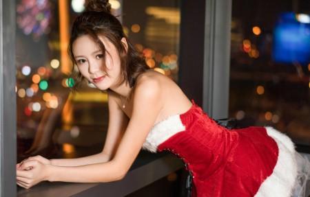 昕予 圣诞装可爱美女4k高端电脑桌面壁纸