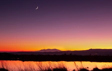 半月风景 日落 暮色 湖面 自然 4k风景壁纸高端桌面精选3840x2160