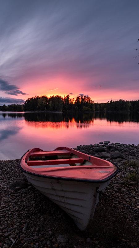 日落湖边小船极品游戏桌面精选4K手机壁纸